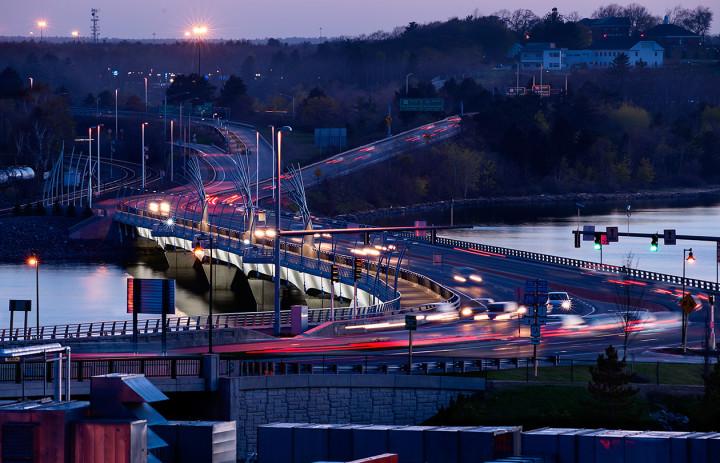 Evening Traffic, Veterans Memorial Bridge